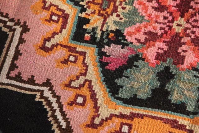 Kelim teppich  Unterschiede zwischen Kelim und Knüpfteppichen | Vintage Kelim